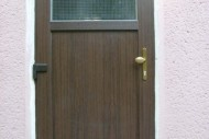 025-dvere.jpg